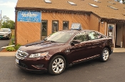2011 Ford Taurus SEL Bordeaux Used Sedan Sale NAC North American Credit auto sales Waukegan Illinois