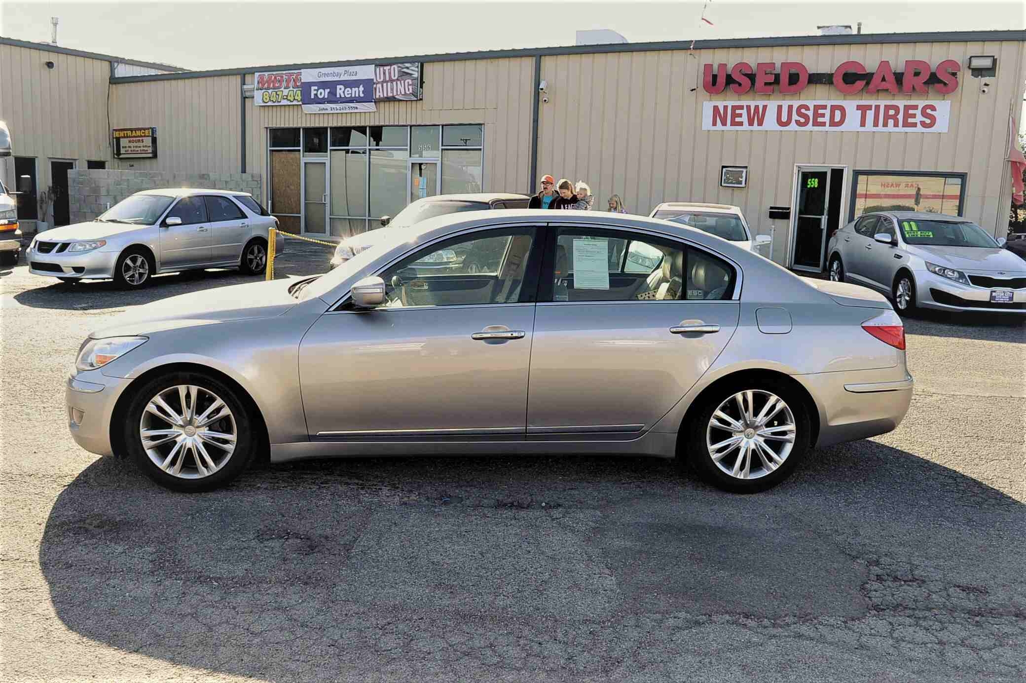 2009 Hyundai Genesis Silver Sedan Used Car Sale Bannockburn Barrington Beach Park