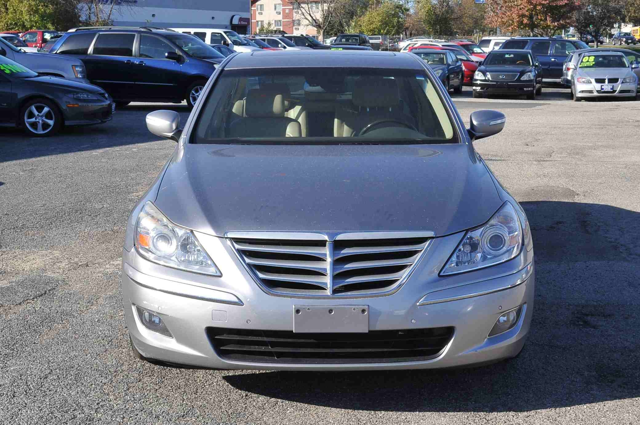 2009 Hyundai Genesis Silver Sedan Used Car Sale Gurnee Kenosha Mchenry Chicago Illinois