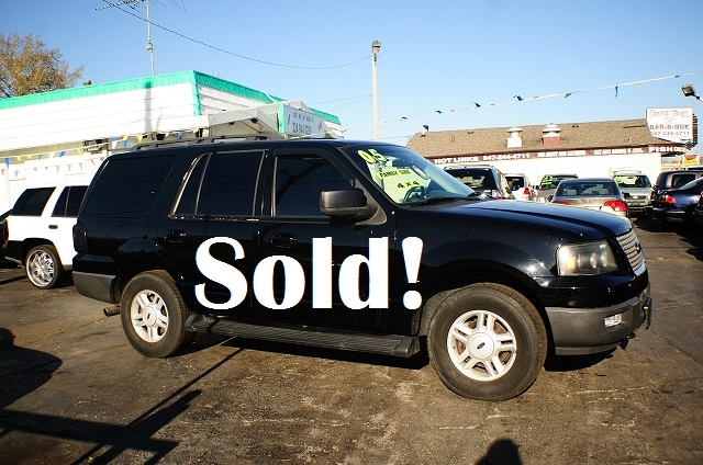2005 Ford Expedition 4Dr Black 4x4 used SUV sale Antioch Zion Waukegan