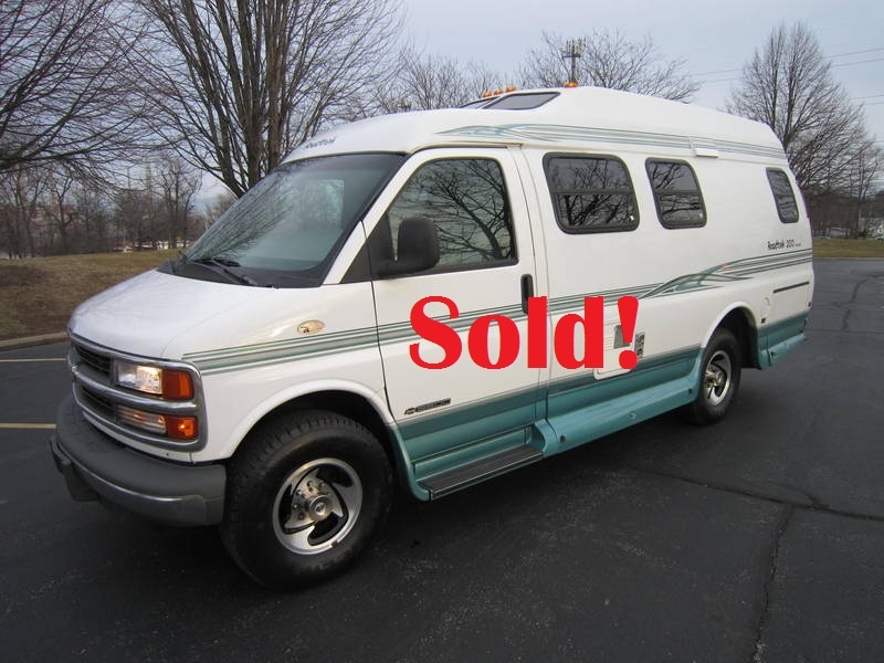 1997 Roadtrek Versatile 200 Wide Body Chevy used Motor Home RV Antioch Zion Waukegan Lake County Illinois