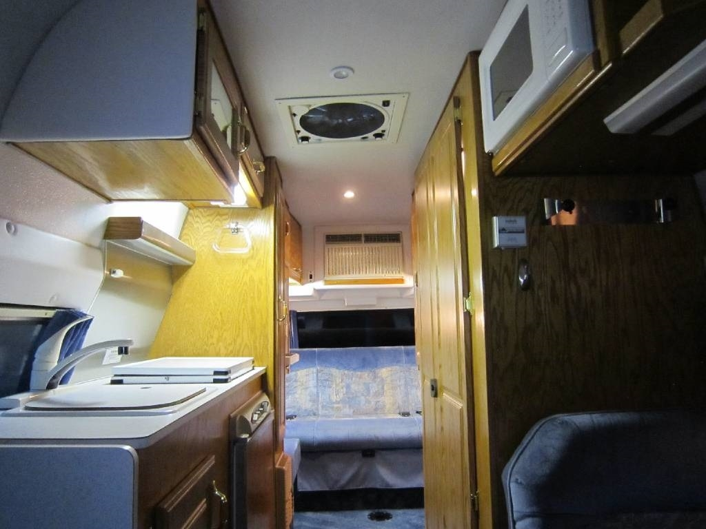 2001 Explorer Motor Homes 230XLW Dodge Used RV Sale Idaho Kansas Kentucky Louisiana Maine Maryland