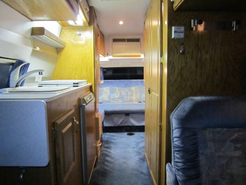 2001 Explorer Motor Homes 230XLW Dodge Used RV Sale Montana New Mexico North Dakota Oklahoma Oregon