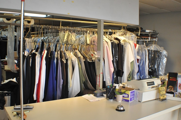 Rose Cleaners Dry cleaning Gurnee Waukegan dress alterations