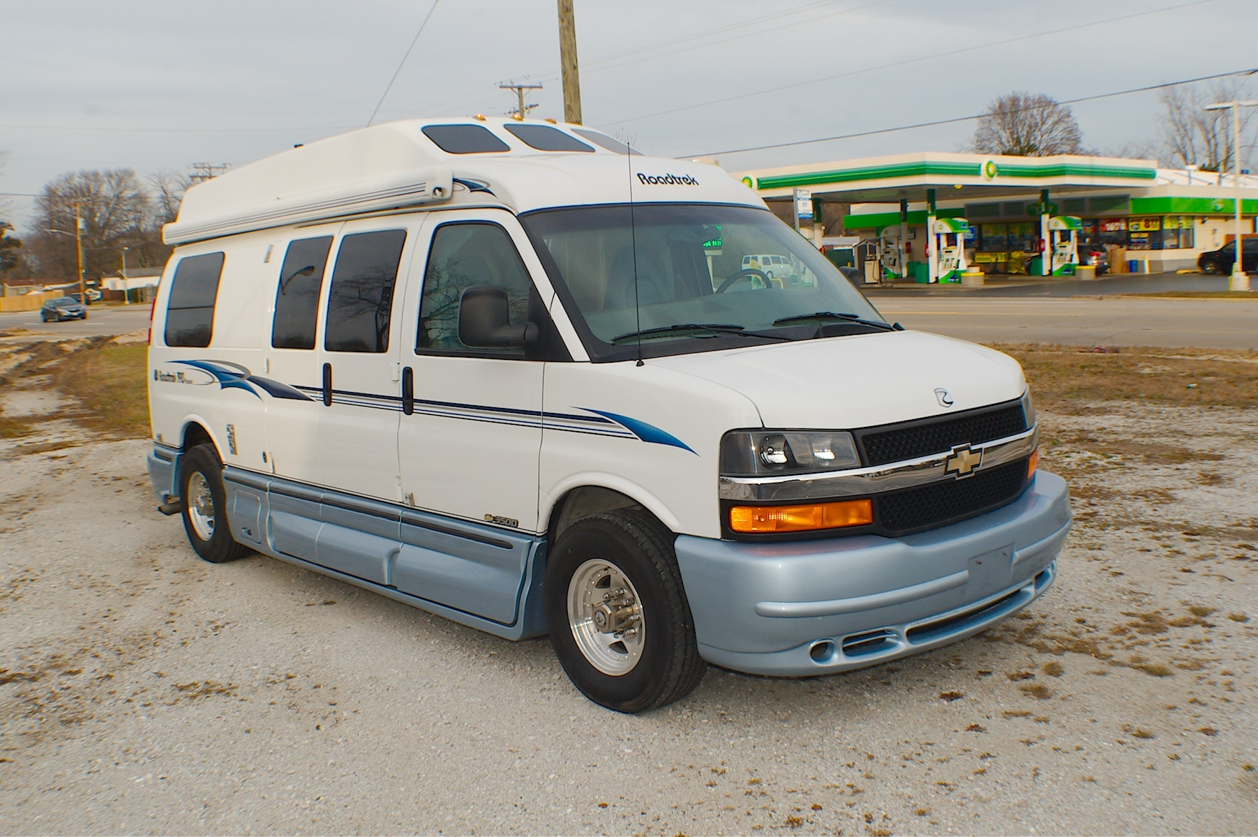2004 Chevy RoadTrek 190 Popular Class B Used RV Sale Antioch Zion Waukegan Lake County Illinois