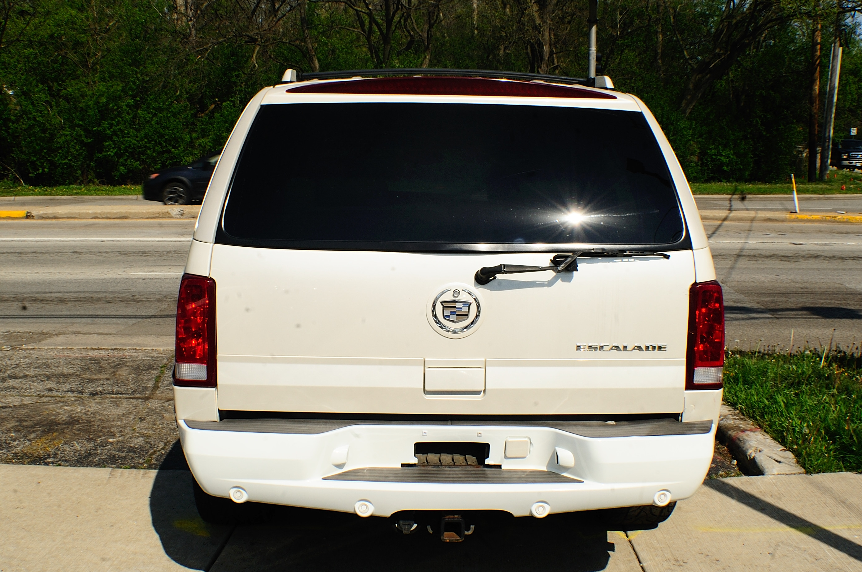 2003 Cadillac Escalade White TV Used SUV car sale Gurnee Hanover Park Hoffman Estates Lombard