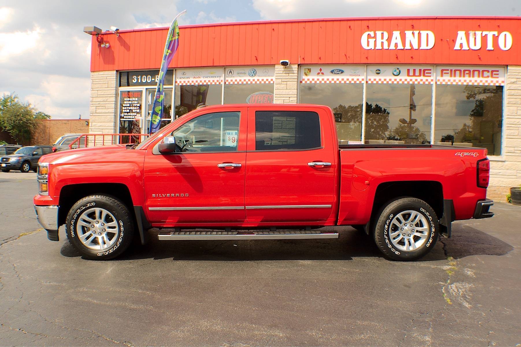 2014 Chevrolet Silverado LT Red Used Pickup Truck Sale Bannockburn Barrington Beach Park
