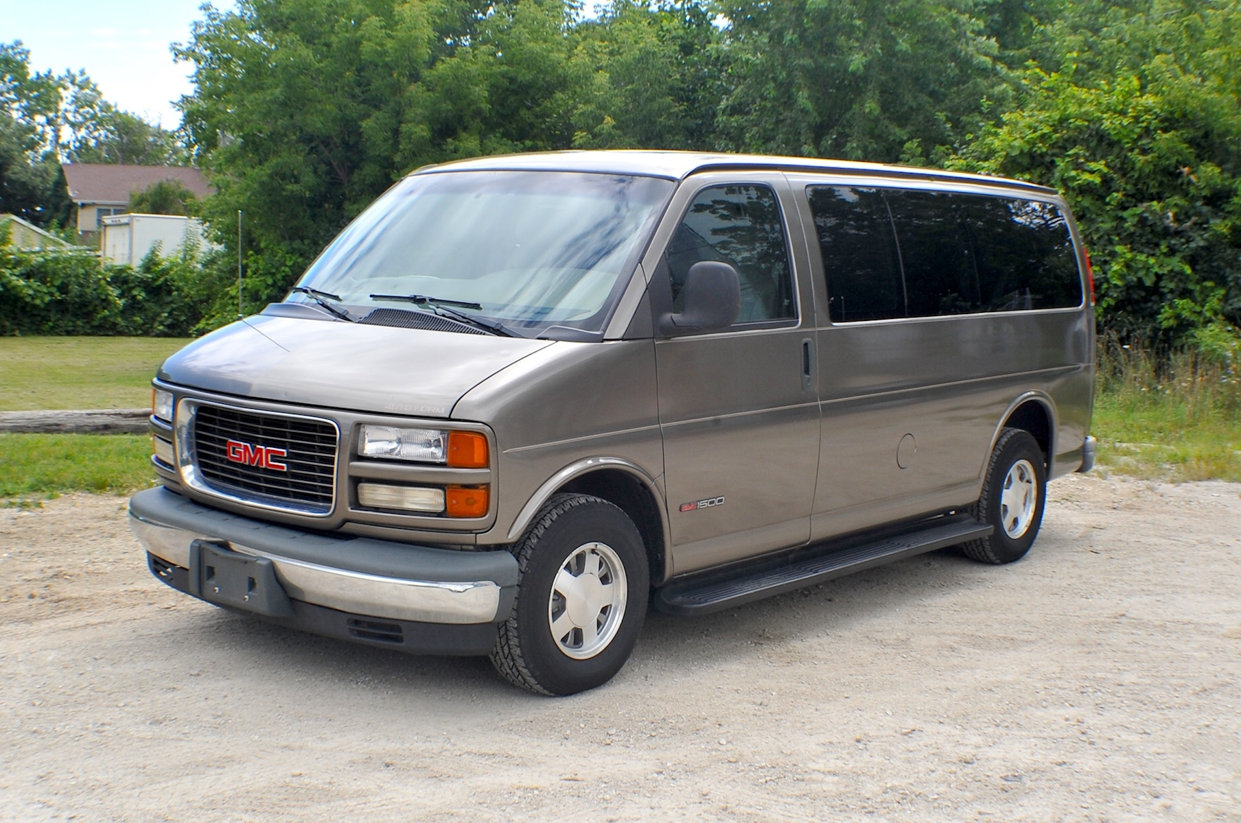 2000 GMC Savana Pewter 1500 Conversion Van Sale Antioch Zion Waukegan Lake County Illinois