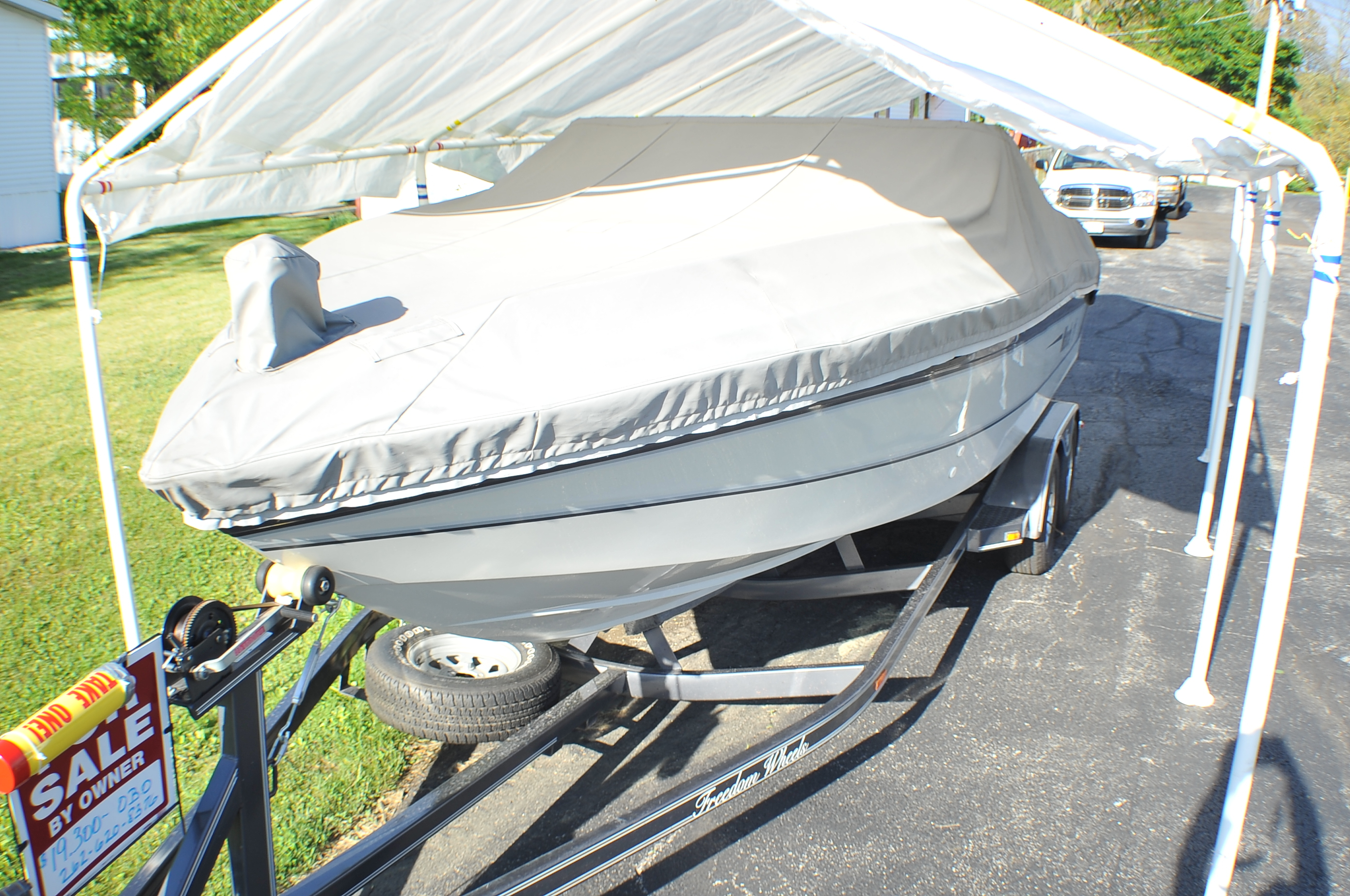 1989 Mach 1 2450 Magnum Cuddy Cabin Speed Boat Sale