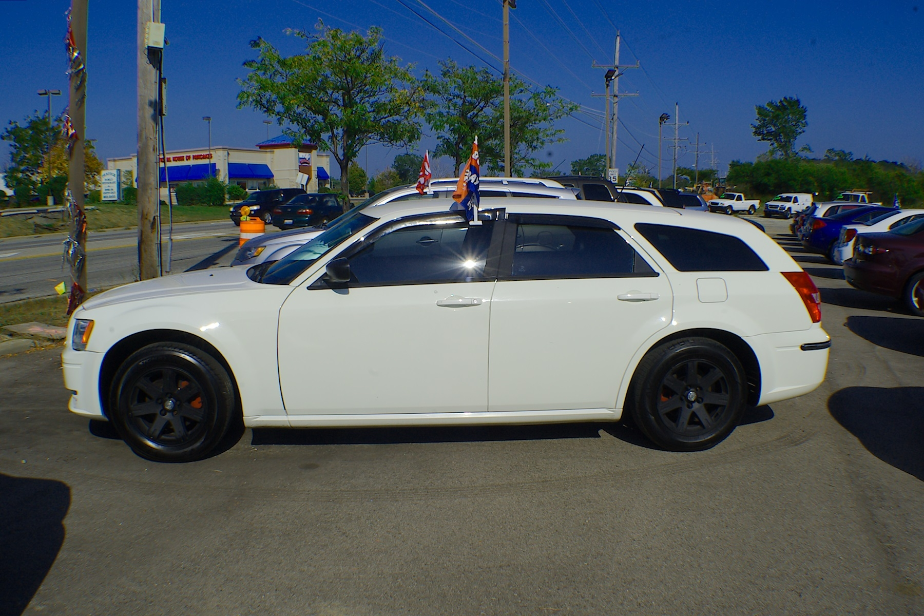 2008 Dodge Magnum White Used Sedan Wagon Sale Antioch Zion Waukegan Lake County Illinois