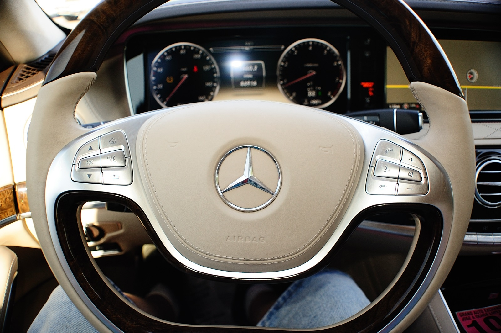 2014 Mercedes Benz S550 4Matic AWD Turbo White Sedan used car Sale Riverwoods Tower Lakes Vernon Hills