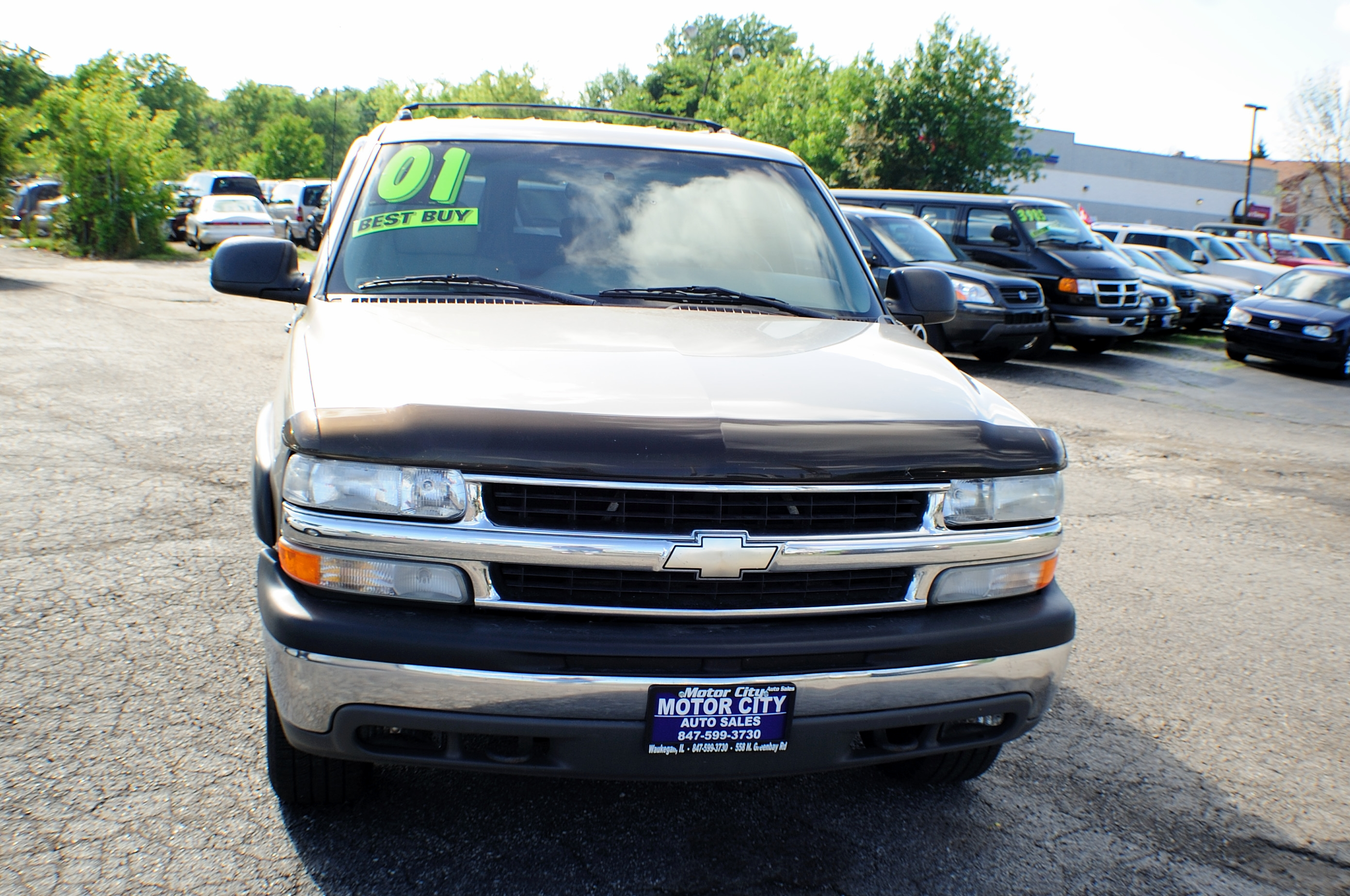 2001 Chevrolet Suburban LS Pewter 4x4 Tow SUV Used Car Sale Libertyville Beach Park