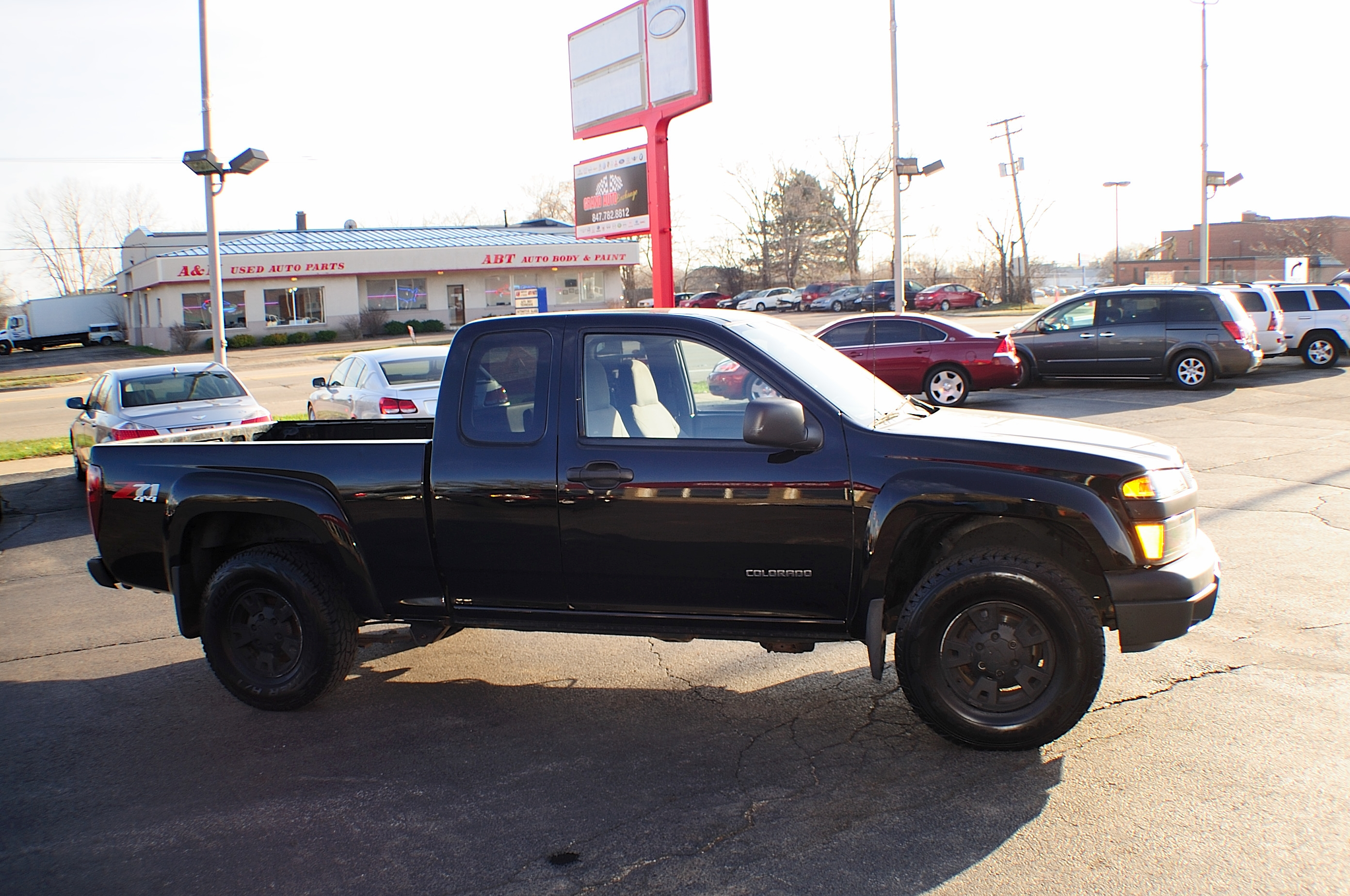 2005 chevrolet colorado black z71 4x4 pickup truck