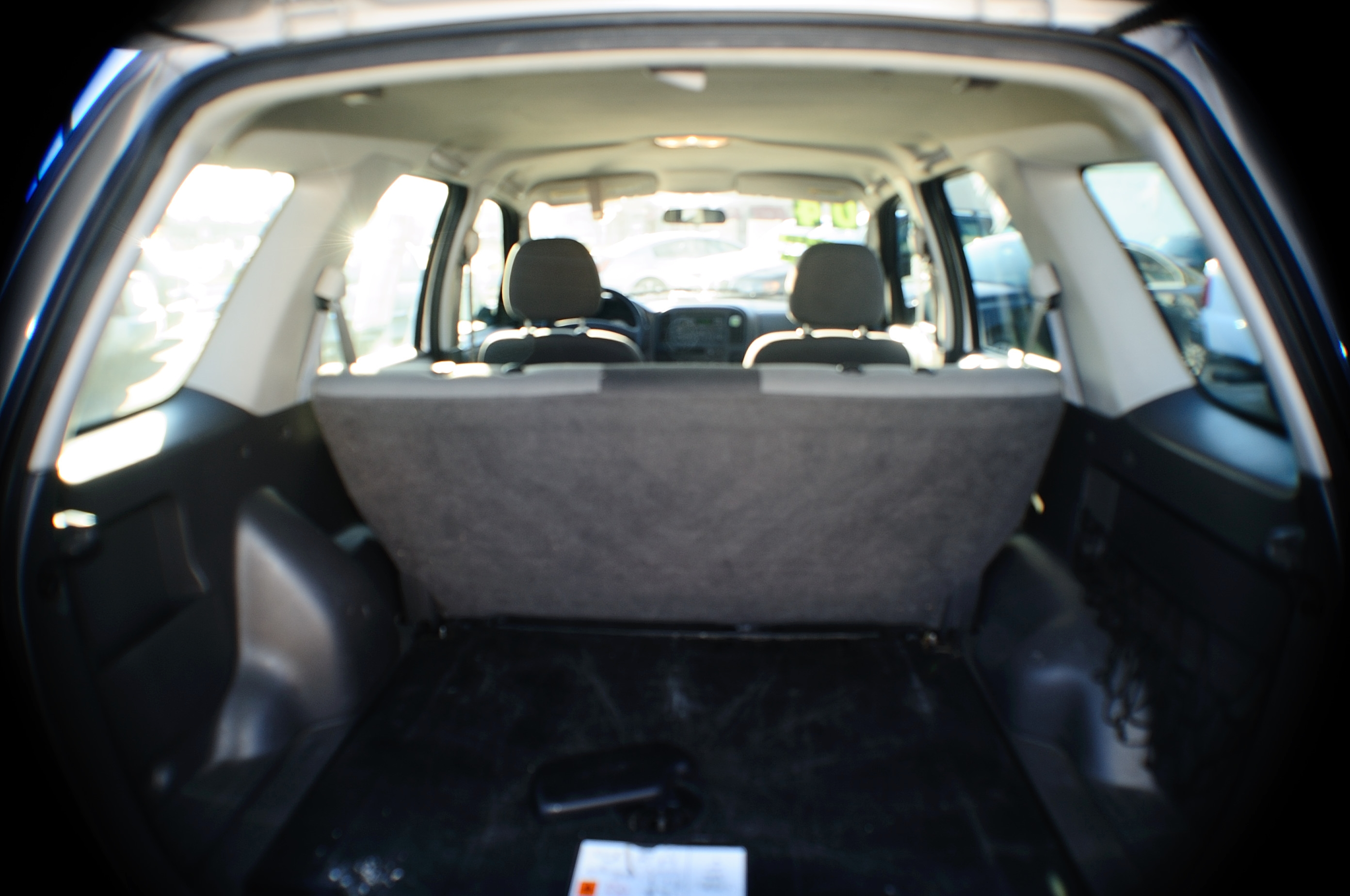 2004 Ford Escape 4Dr Silver 4x2 Manual SUV sale Riverwoods Tower Lakes Vernon Hills