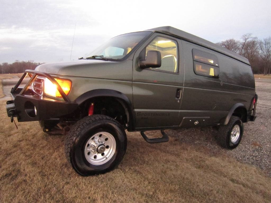 2004 Ford Sportsmobile RB50 Pewter 4x4 Poptop RV Sale Libertyville Lincolnshire Lindenhurst