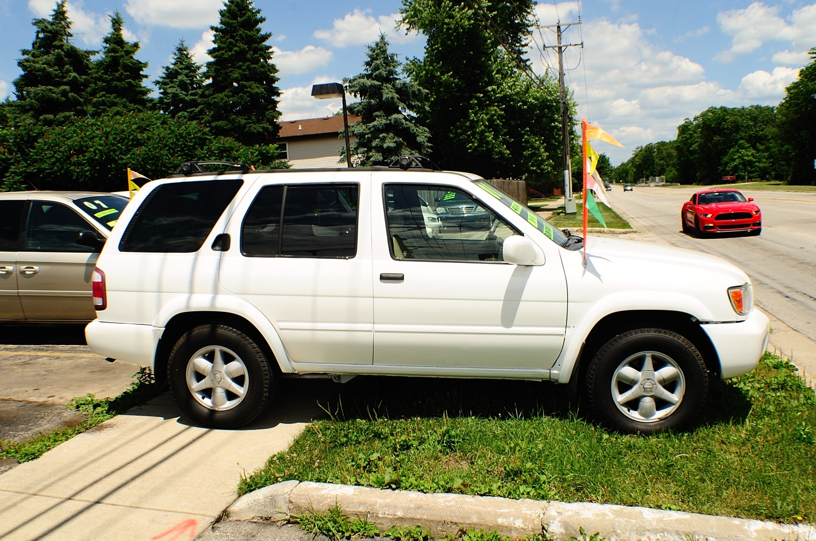 2001 Nissan Pathfinder White Used 4x4 SUV Sale Downers Grove Carpentersville Cicero Oak Park