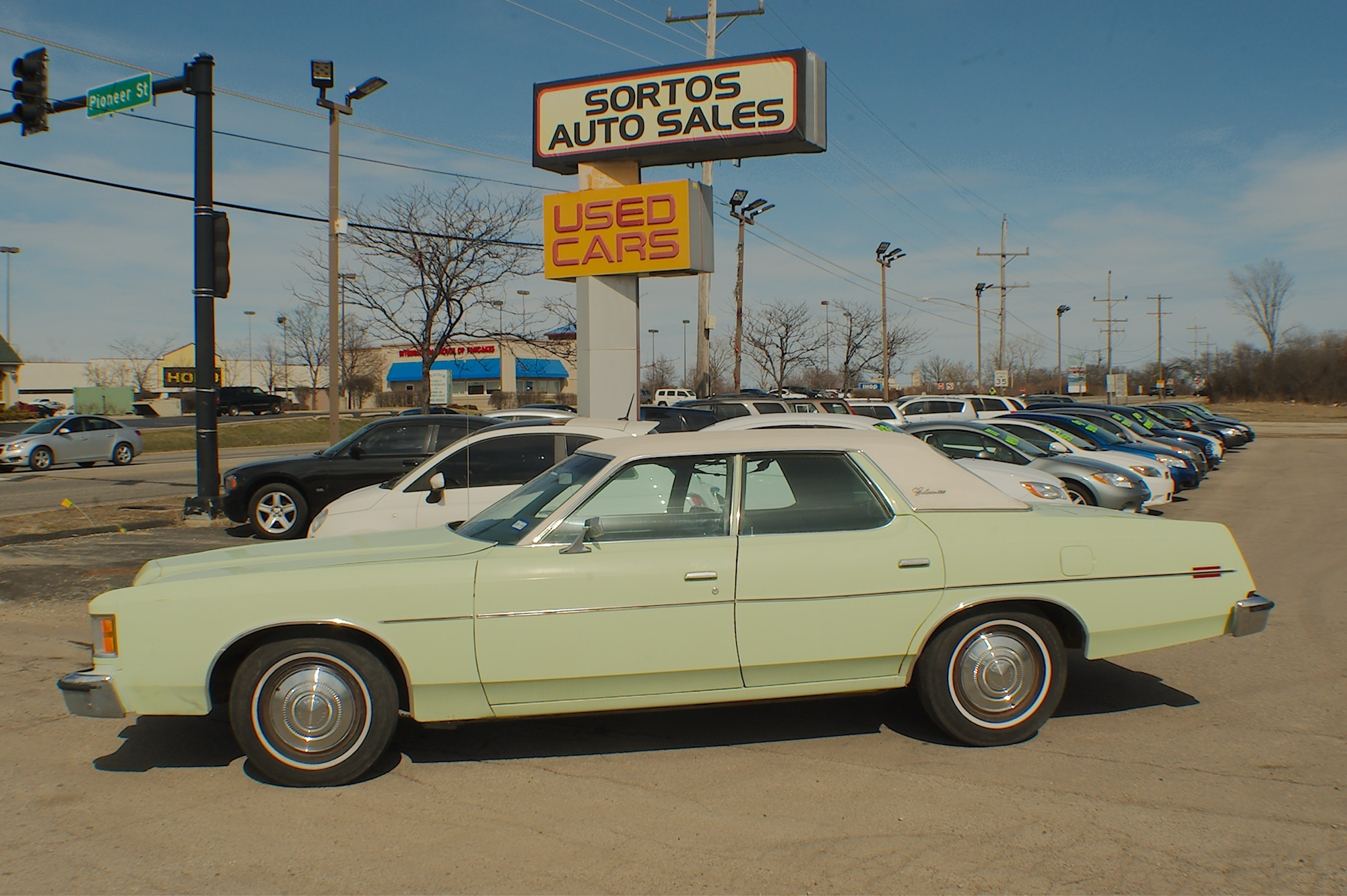 1973 Ford Galaxie 500 Green Sedan Used Car Sale Antioch Zion Waukegan Lake County Illinois