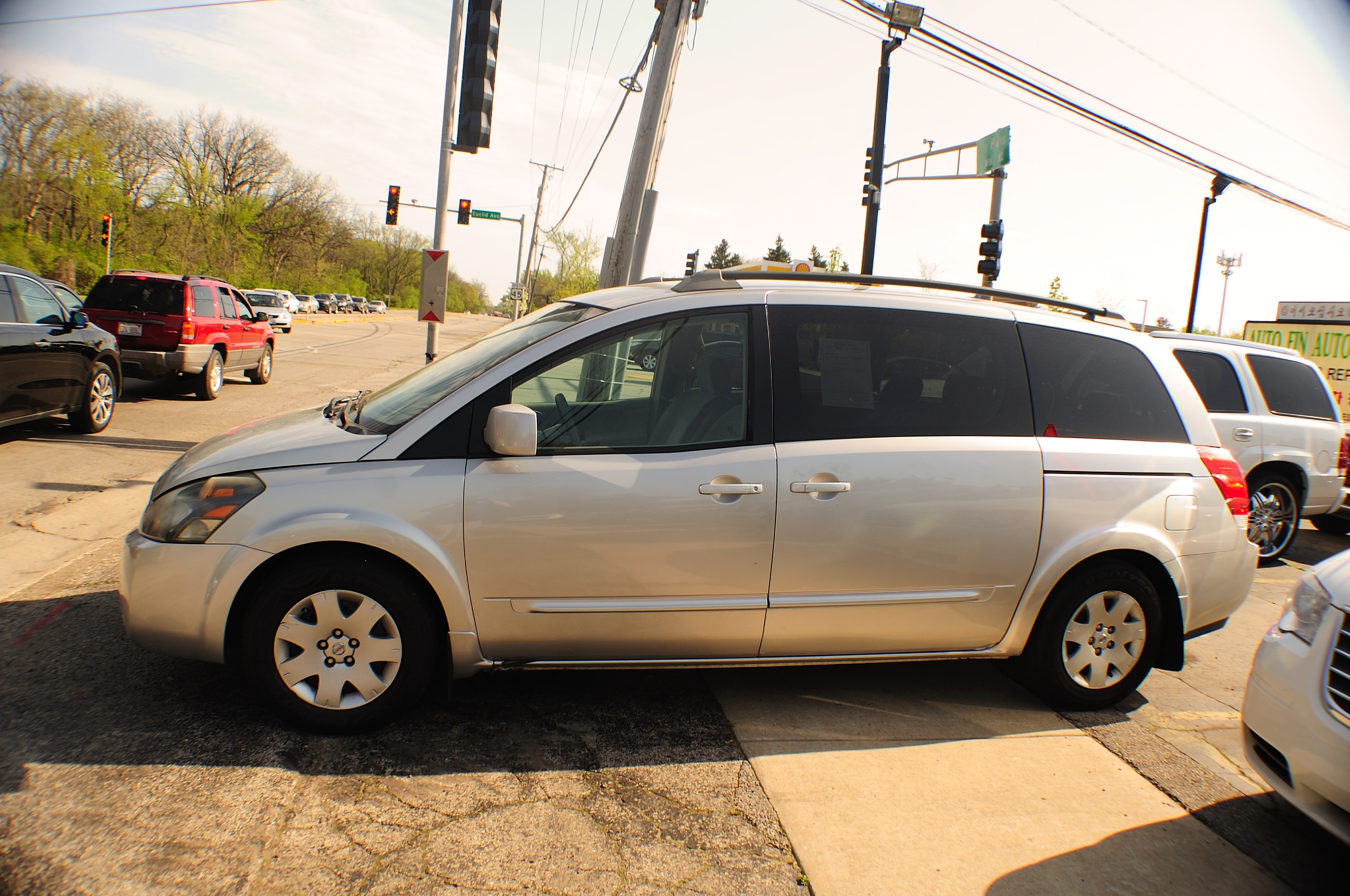 2006 Nissan Quest Silver Used Mini Van used car sale Addison Algonquin Arlington Heights Bartlett