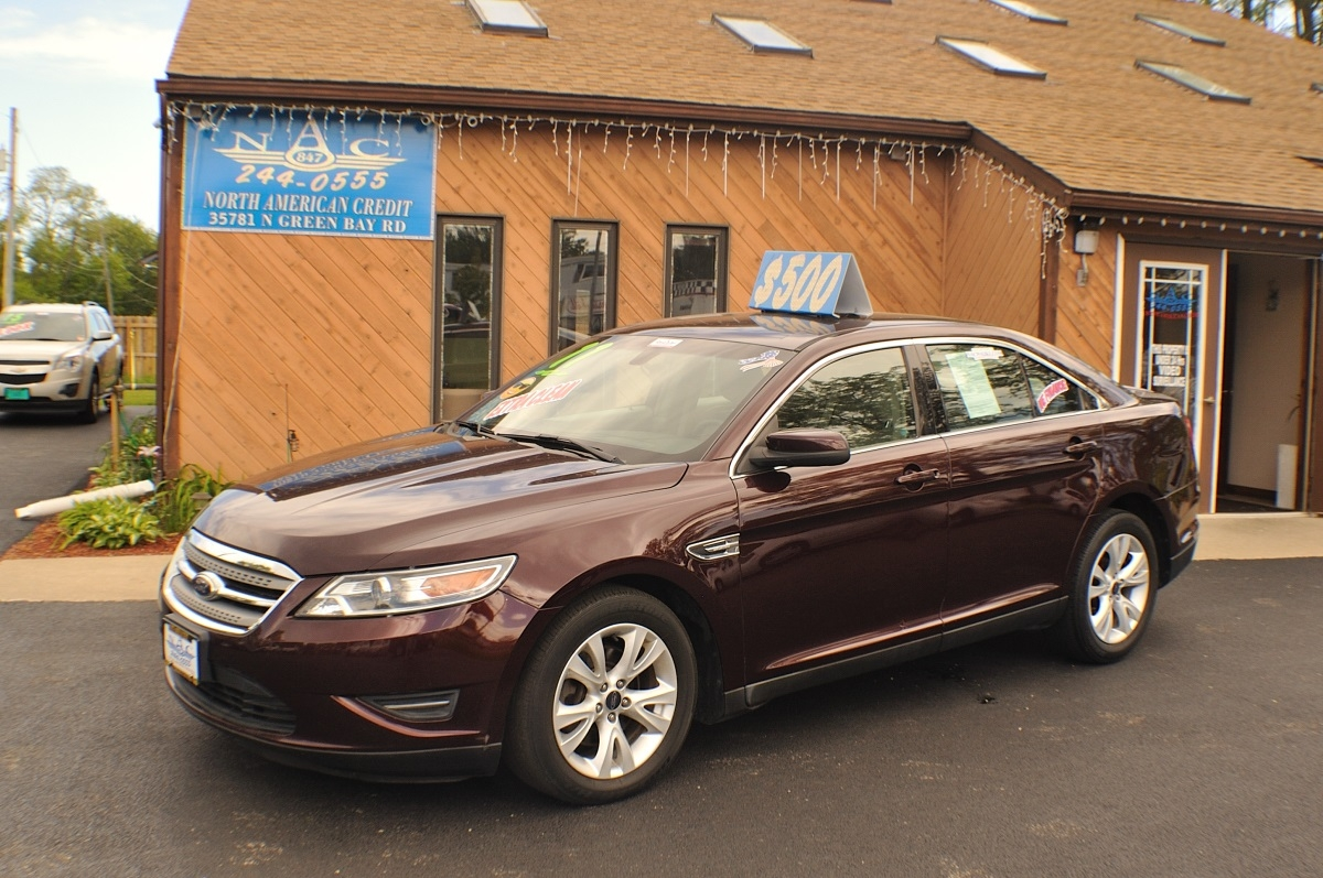2011 Ford Taurus SEL Bordeaux Used Sedan sale Antioch Zion Waukegan Lake County Illinois
