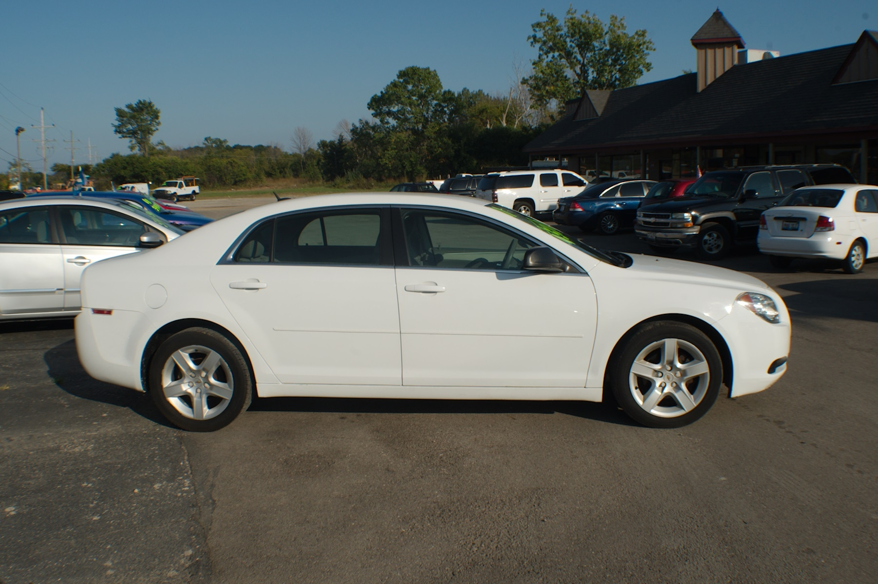 2011 Chevrolet Malibu White Sedan Used Car Sale Bannockburn Barrington Beach Park