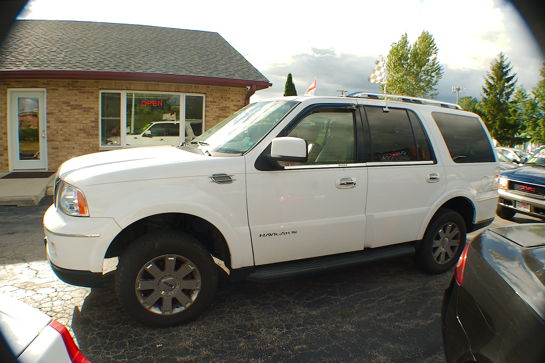 2006 Lincoln Navigator 4x4 White Used SUV Sale Antioch Zion Waukegan Lake County Illinois