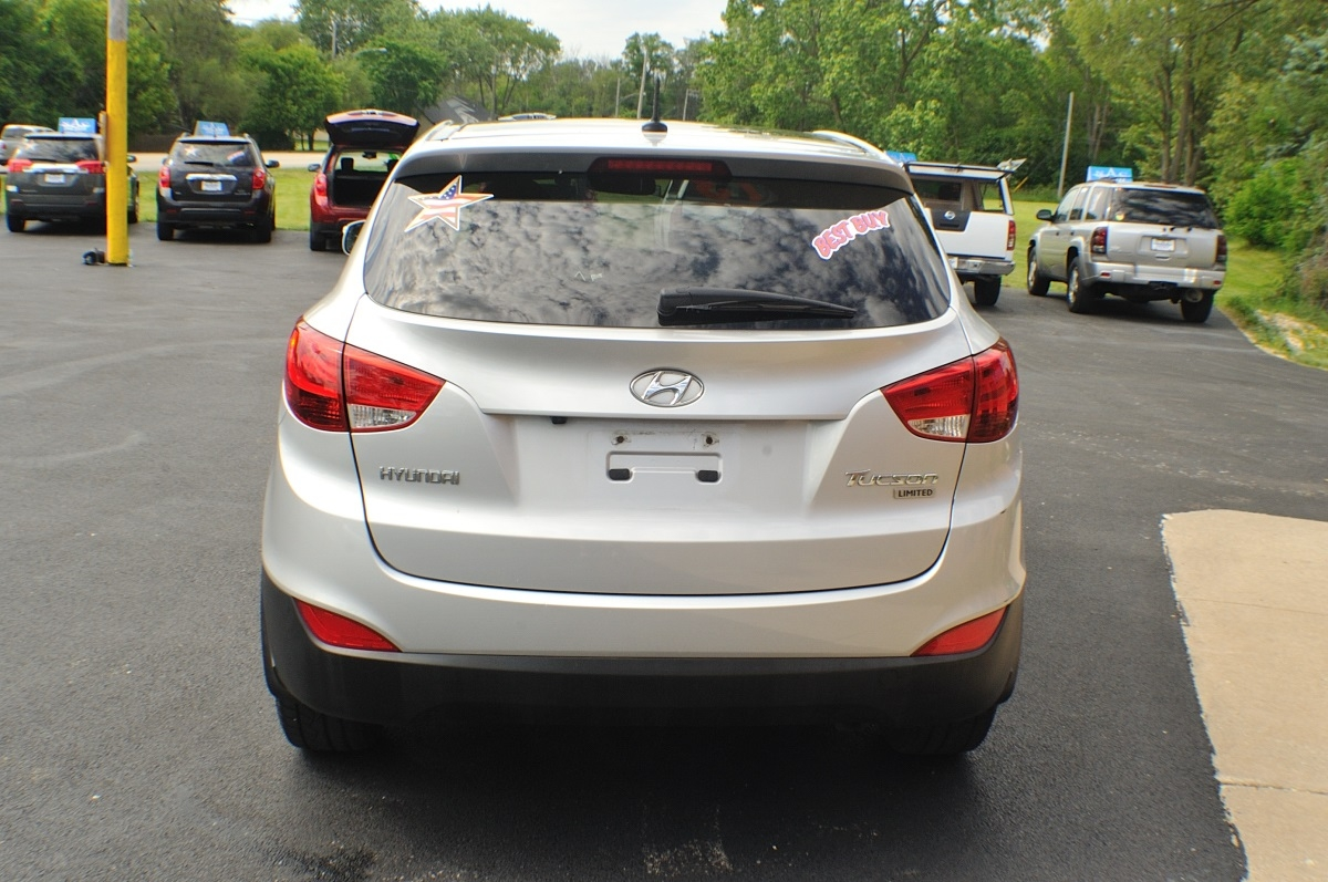 2013 Hyundai Tucson Limited Silver used SUV Sale Buffalo Grove Deerfield Fox Lake Antioch
