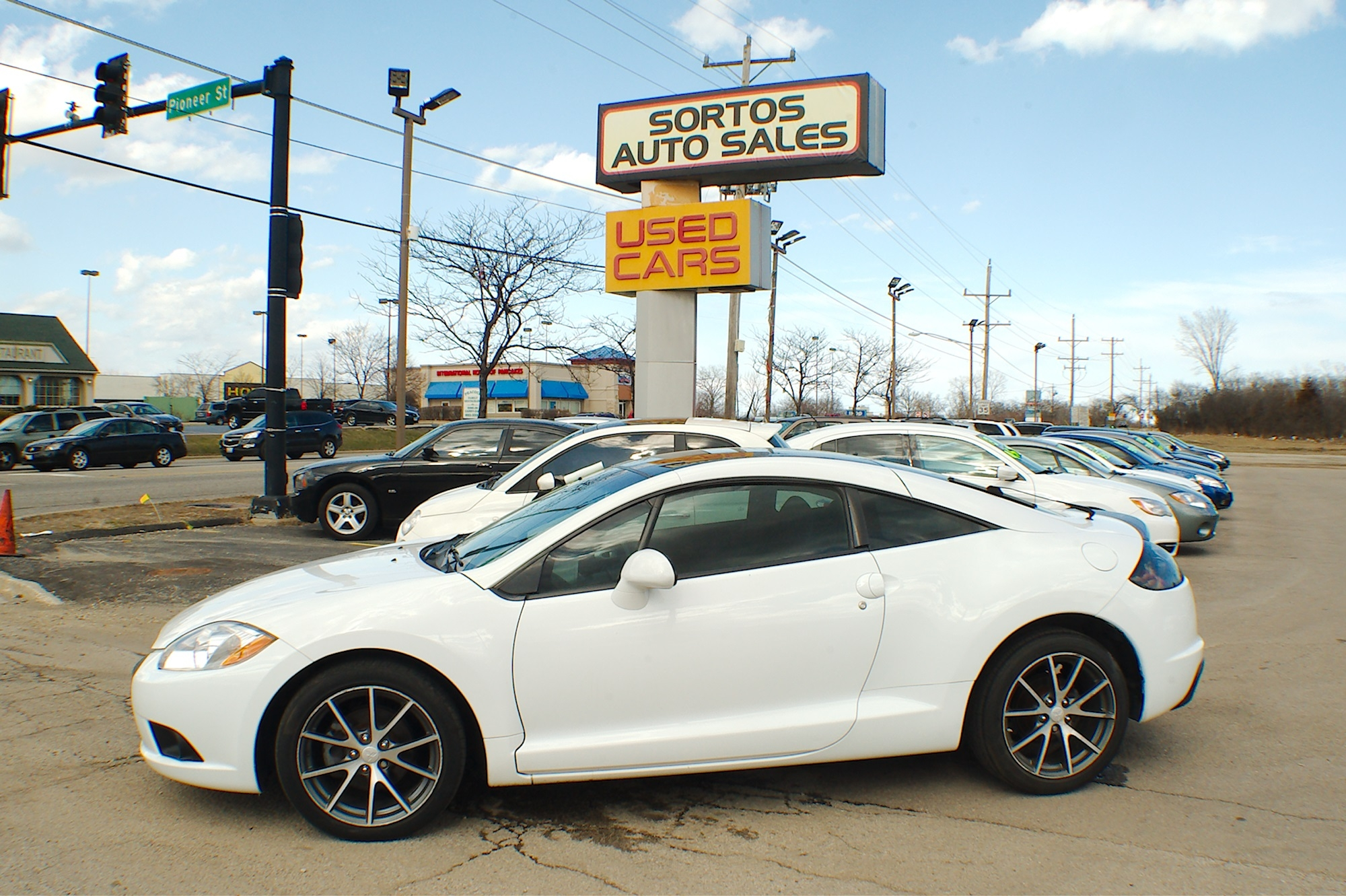 2012 Mitsubishi Eclipse White Coupe Used Car Sale Antioch Zion Waukegan Lake County Illinois
