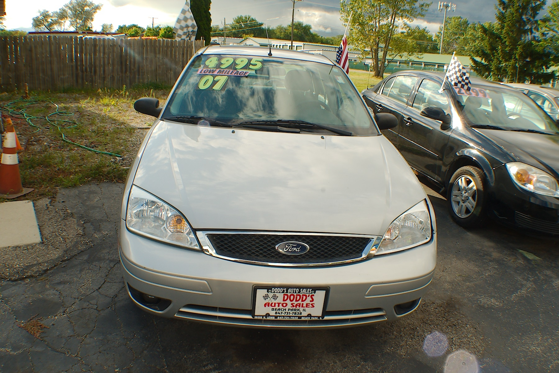 2007 Ford Focus SES Silver Sedan Used Car Sale Gurnee Kenosha Mchenry Chicago Illinois
