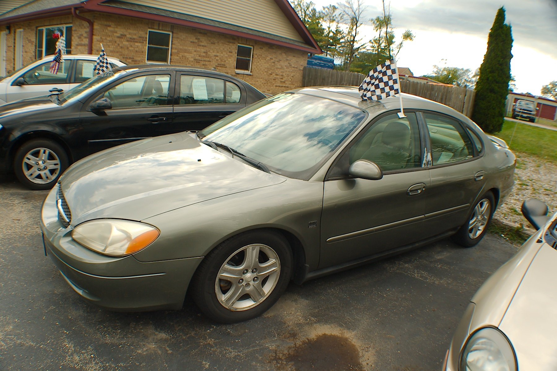 2001 Ford Taurus SEL Green Sedan Used Car Sale Antioch Zion Waukegan Lake County Illinois