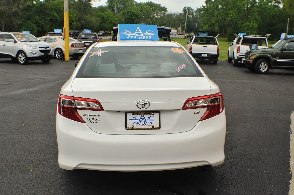2014 Toyota Camry LE White Used Sedan Sale Buffalo Grove Deerfield Fox Lake Antioch