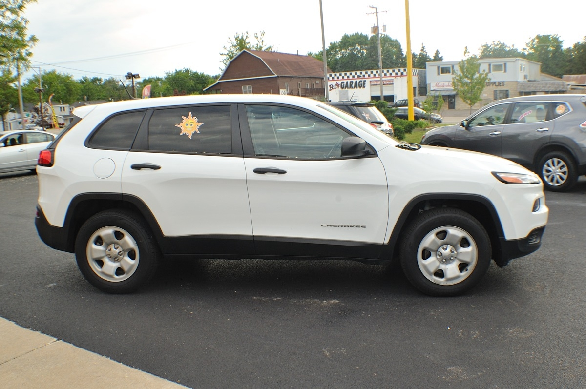 2014 jeep cherokee white 4x4 sport used suv sale. Black Bedroom Furniture Sets. Home Design Ideas