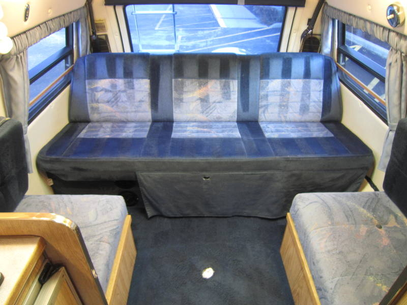 1996 Leisure Travel Freedom ll Wide Body Dodge used RV Sale motor home