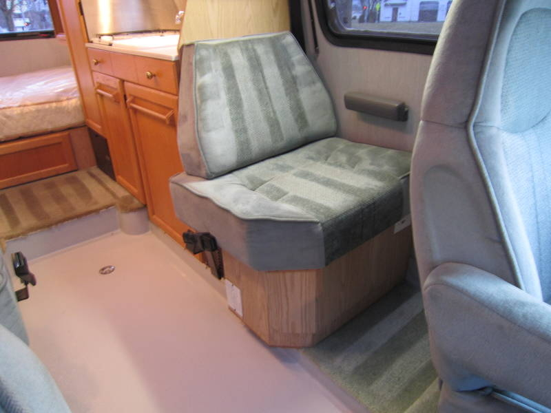 1997 Roadtrek Versatile 200 Wide Body Chevy used Motor Home RV Lake Villa Lake Zurich Lakemoor