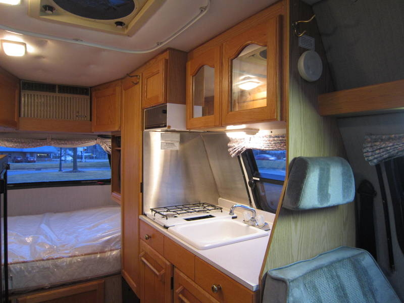 1997 Roadtrek Versatile 200 Wide Body Chevy used Motor Home RV Libertyville Lincolnshire Lindenhurst