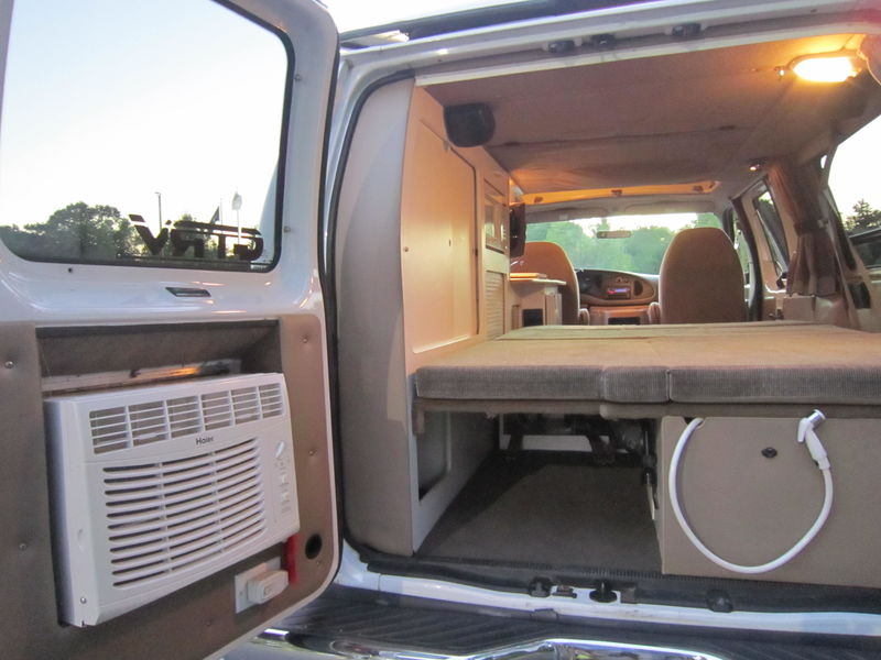 2001 Ford E250 GTRV Westy RB50 Pop Top used RV sale
