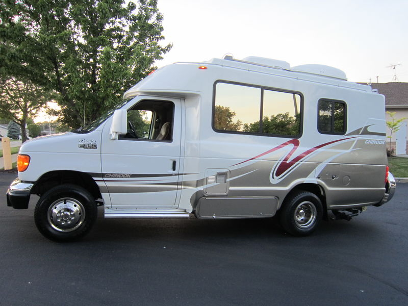2005 Chinook Premier 2100 Class B Used RV Sale Antioch Zion Waukegan Lake County Illinois