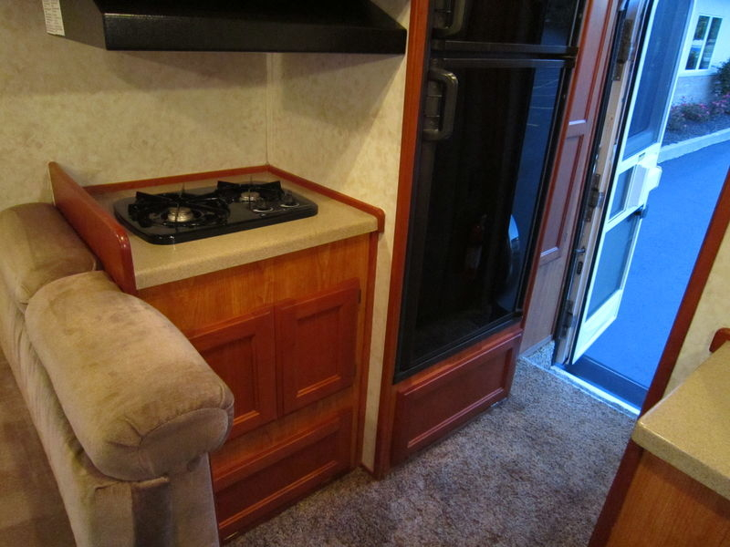 2005 Chinook Premier 2100 Class B Used RV Sale Montana North Dakota