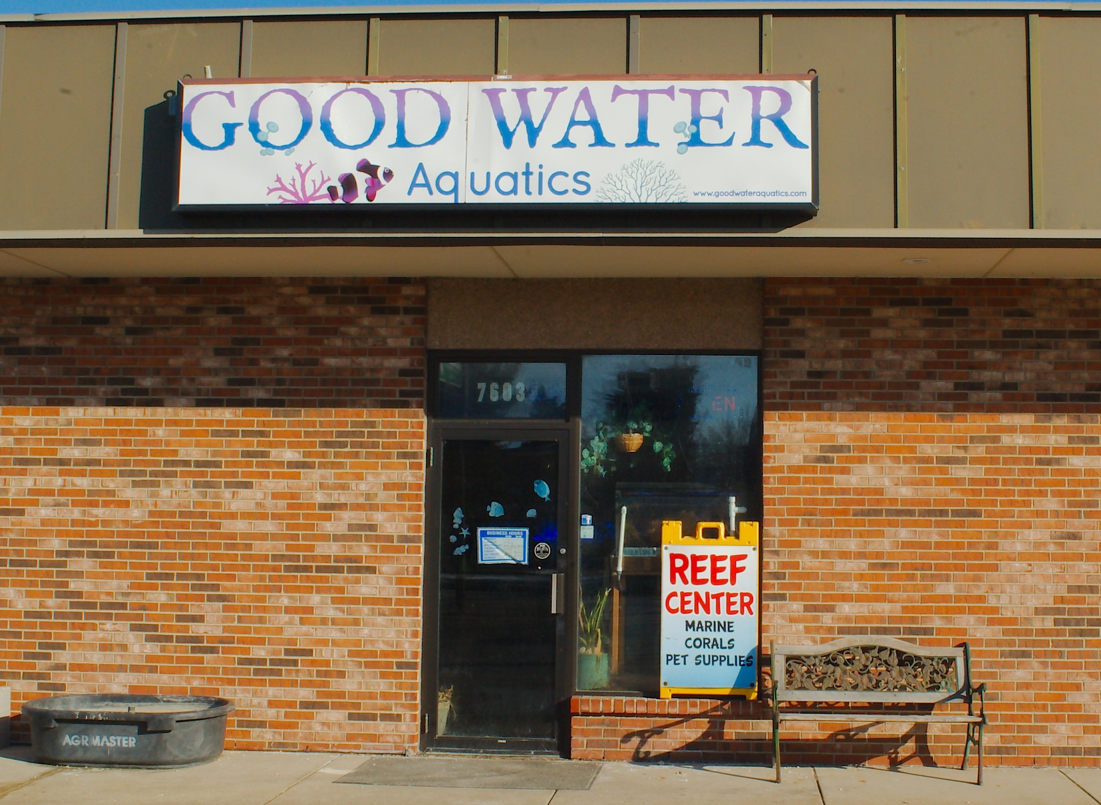 Good Water Aquatics fish store supplies Kenosha